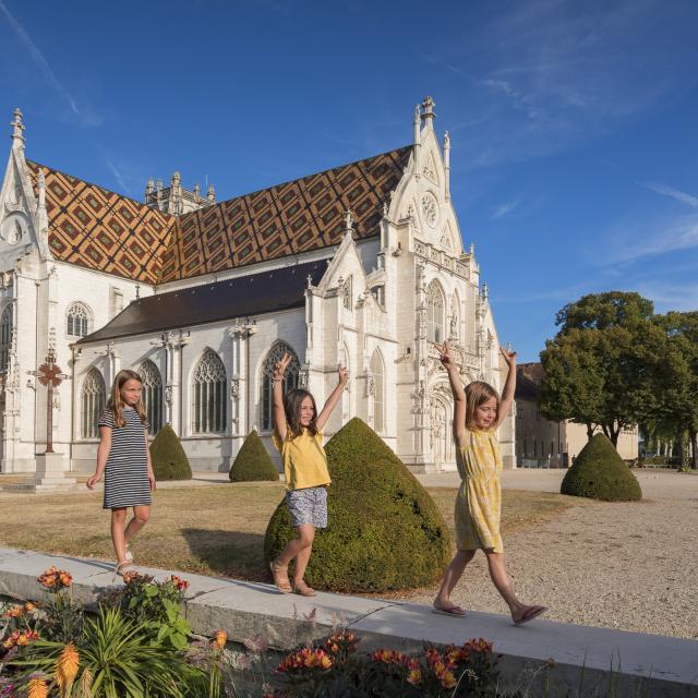 monastère royal de Brou, enfants