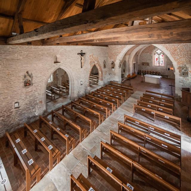 Eglise romane intérieure