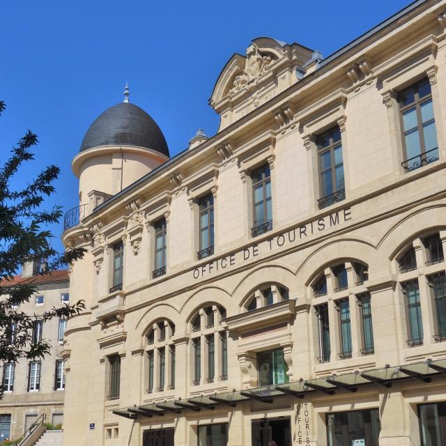 Facade Office de tourisme Bourg-en-Bresse destinations