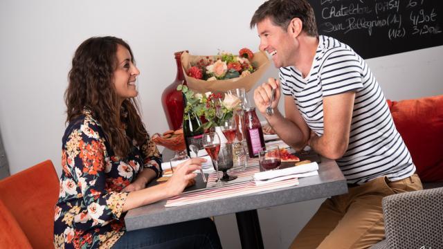 Couple restaurant