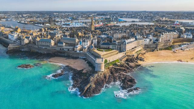 Saint-Malo privateer city