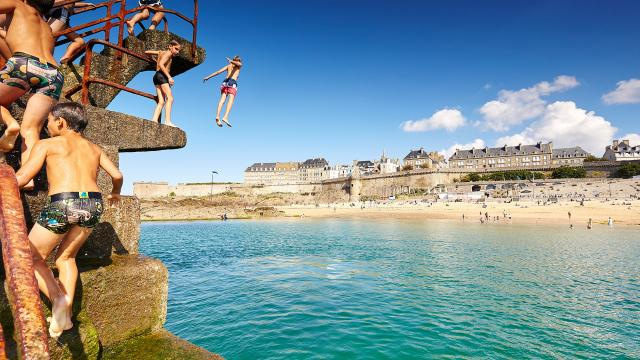 Bon Secours pool, Saint-Malo