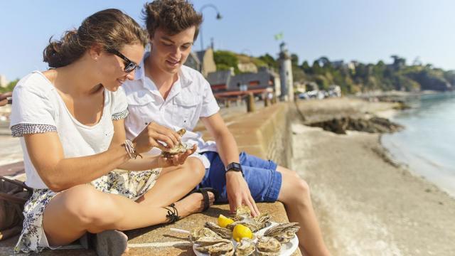 Dégustation d'huîtres, Cancale