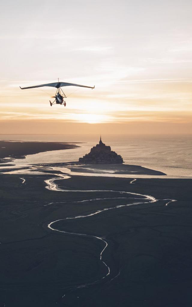 ULM en baie du Mont-Saint-Michel