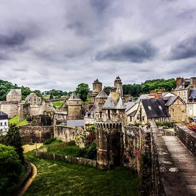 Instagram #fougerestourisme