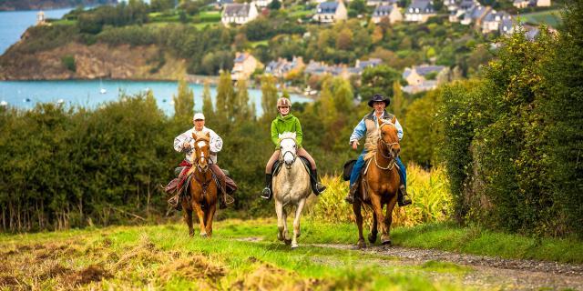 A cheval depuis le Mont Garrot, Saint-Suliac