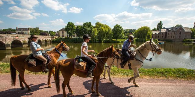 A cheval le long de la Vilaine, Guichen