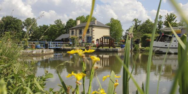 Lockmaster's house, Ille-et-Rance Canal