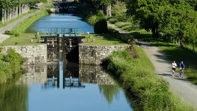 The Ille‑et‑Rance canal, Hédé