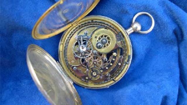 musee-horlogerie-fougeres-1.jpg