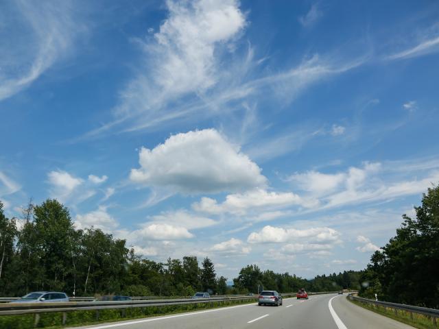 sky-5372694-1920.jpg