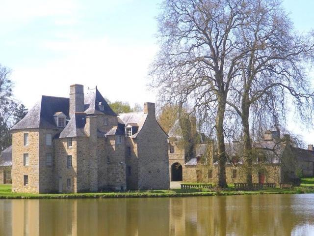 Château de La Motte, Maen Roch