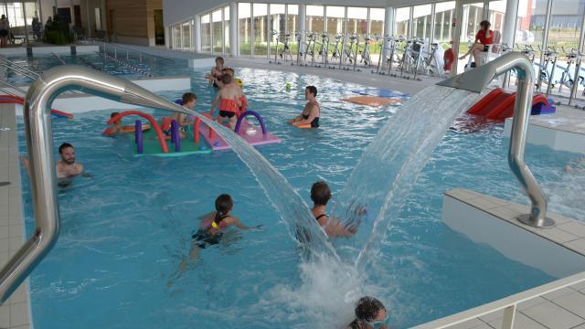 Centre Aquatique 02 falaises