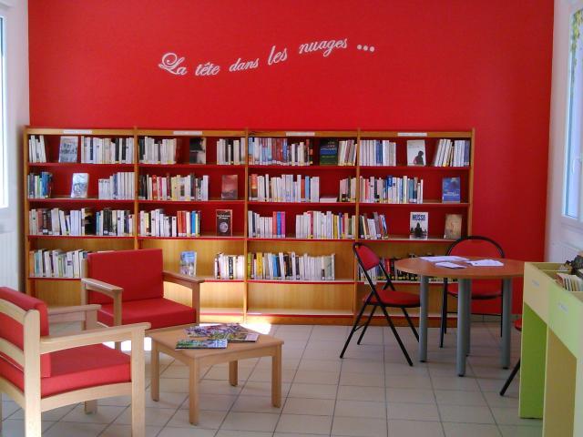 Etalondes Bibliotheque (8)