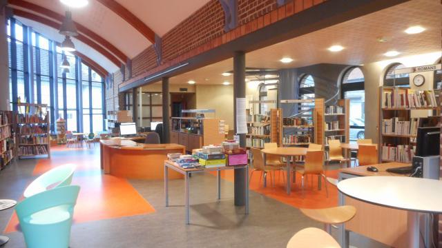 Gamaches Bibliotheque (2)