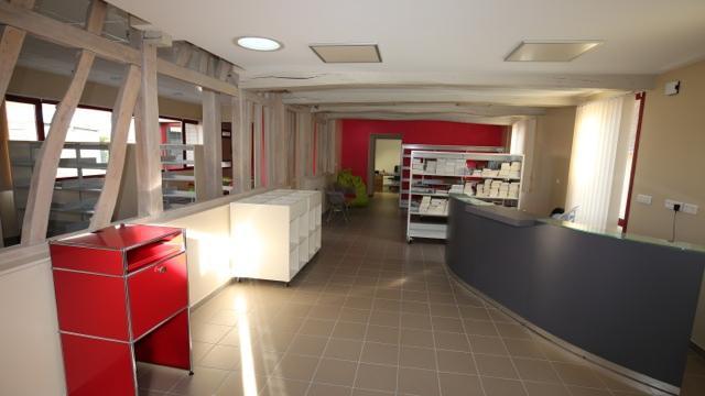 Longroy Bibliotheque (1)