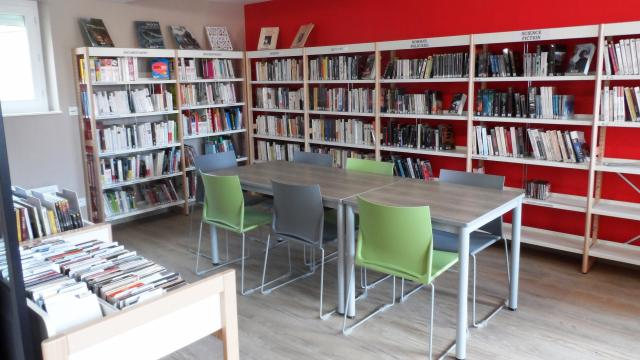 Saint Quentin Lamotte Bibliotheque (4)
