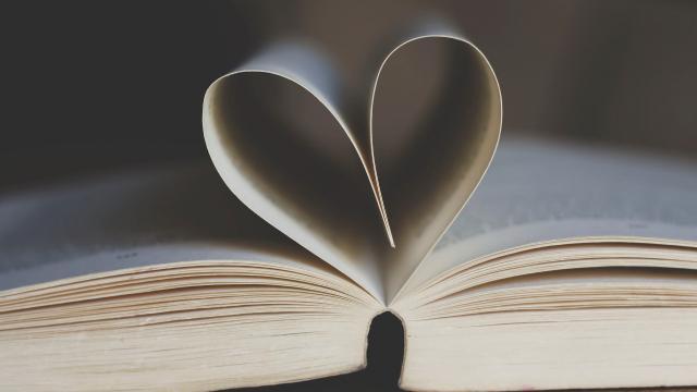 book-3998252-1920.jpg