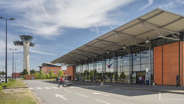 Aeroport De Vatry 20 Min De Chalons