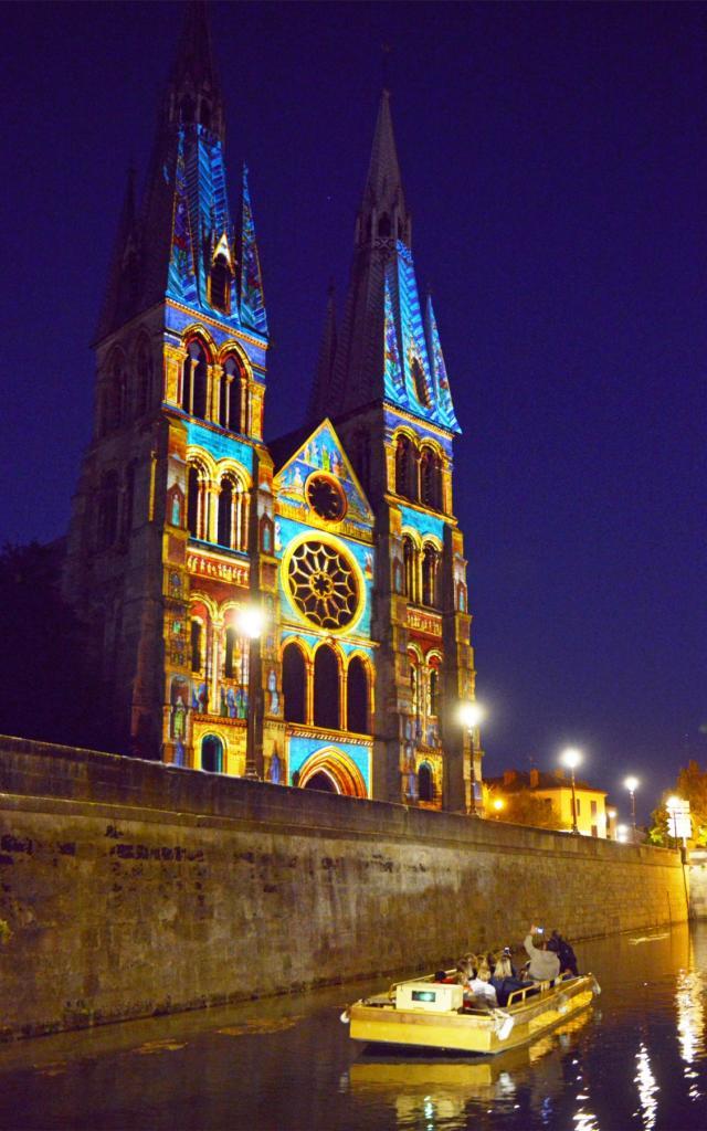 Balade En Barque Metamorpheauses Chalons Notre Dame En Vaux © Christophe Manquillet