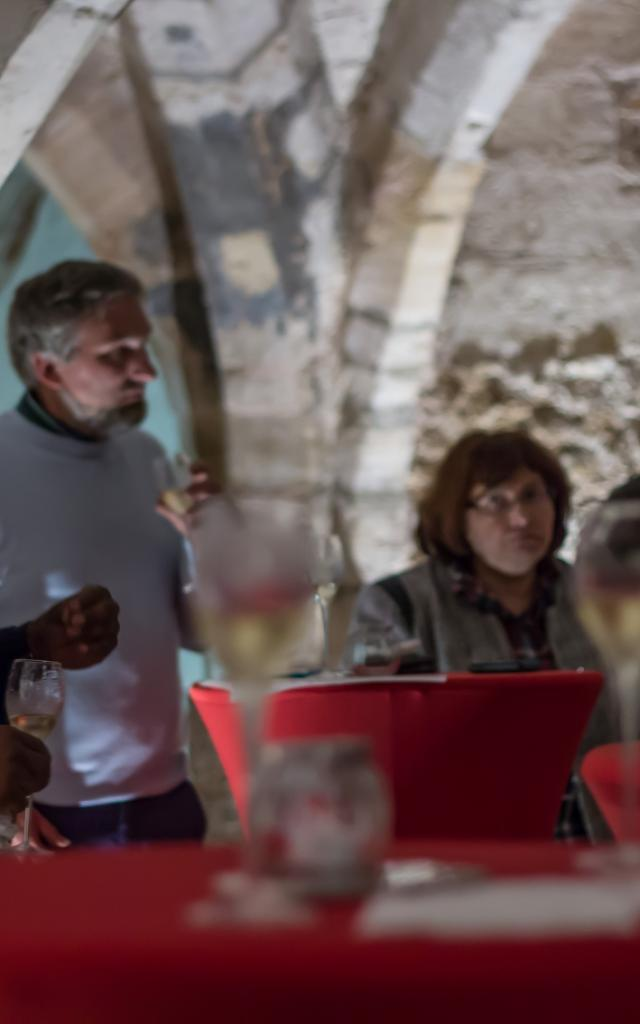 Degustation Caves Medievales Historiques Chalons © Marat Anaev