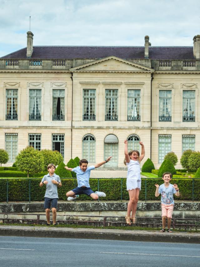 Prefecture Balade En Famille Enfants Chalons © Teddy Picaude