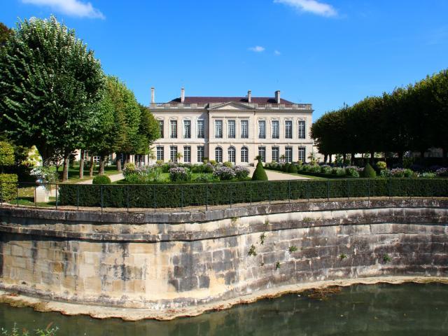 Prefecture Hotel De Region Chalons © Mathilde Boivin
