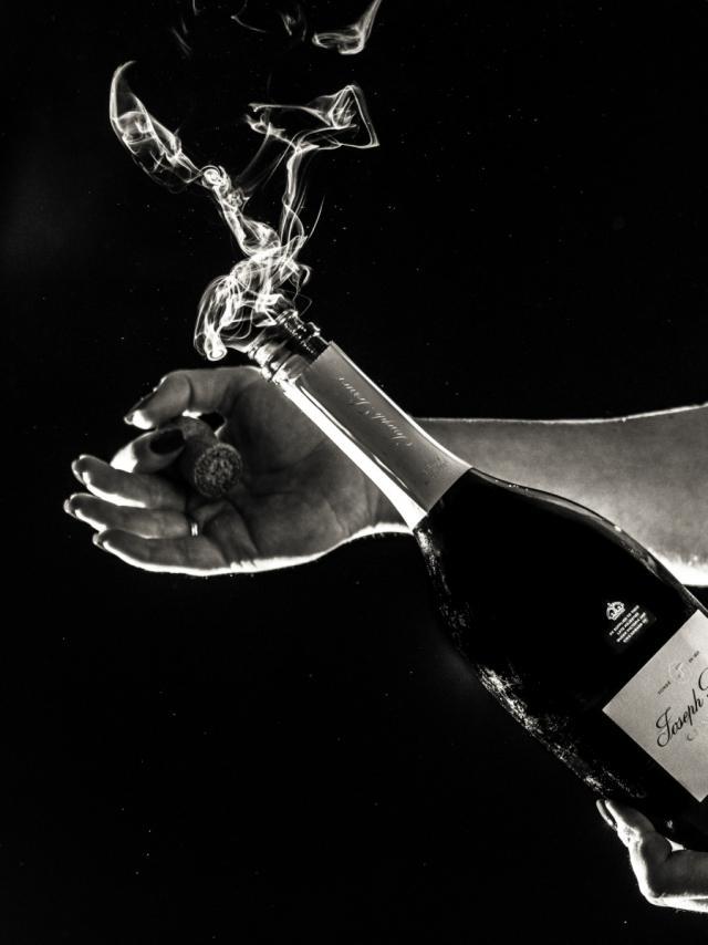 Champagne Joseph Perrier Brut Nature Noir Et Blanc