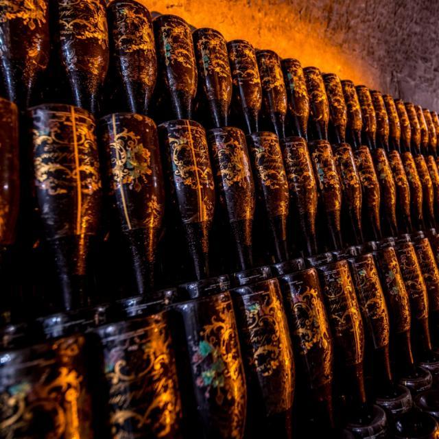 Champagne Joseph Perrier Caves Cuvee Josephine