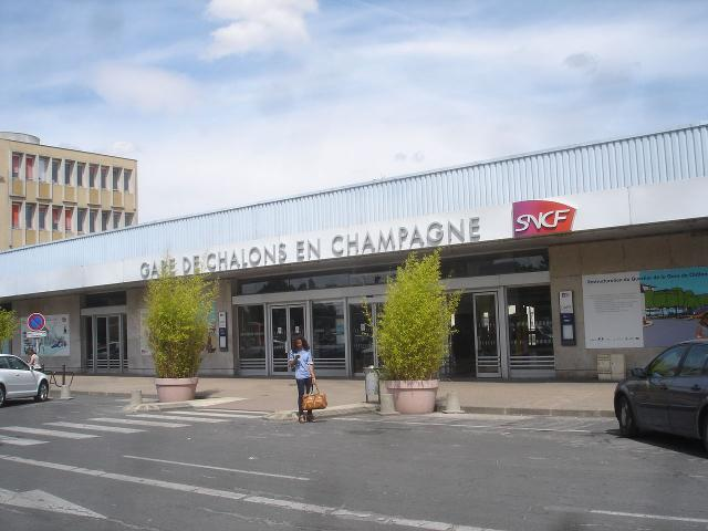 Gare Chalons En Champagne @edmond Jonckheere