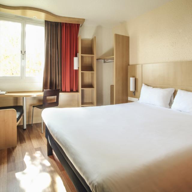 Landing Page Hotel Ibis Chalons En Champagne Chambre 2