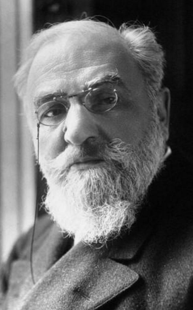 Leon Bourgeois Portrait @ Wikipedia