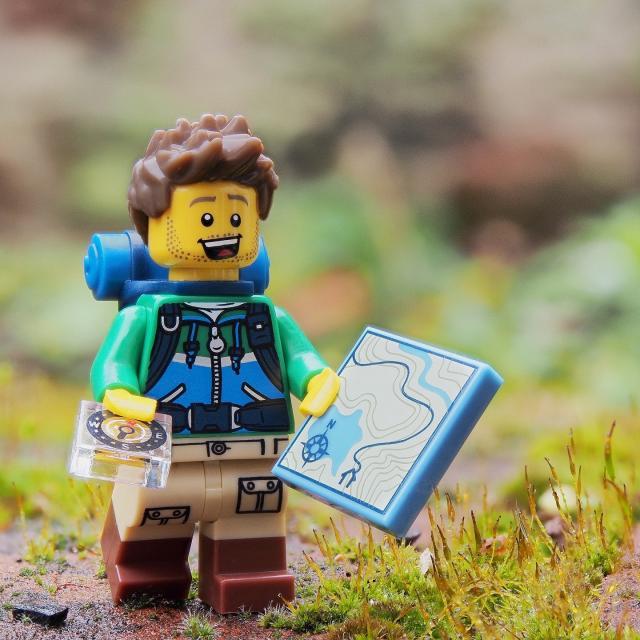 Randonnee Hiking Lego © Pixabay