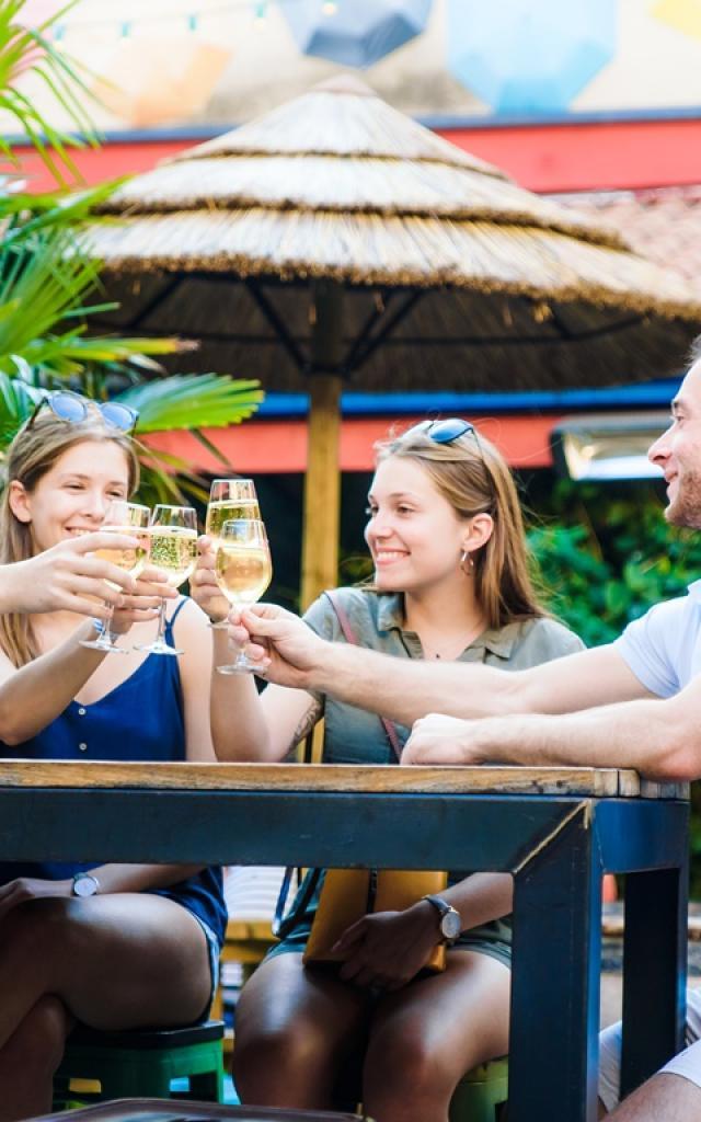 Reims Groupe Amis Verre Champagne