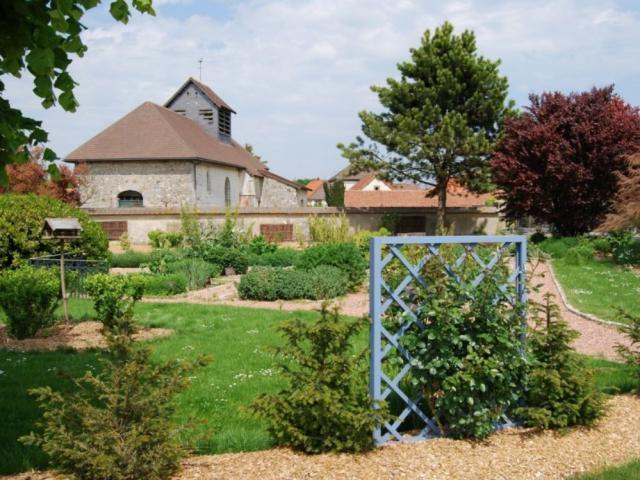 Haussimont Le Jardin Des Plantes Textiles