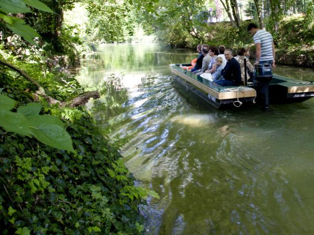 00-balade-en-barque-sur-le-mau-crdit-photo-office-de-tourisme-de-chlons-en-champagne.jpg