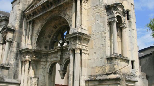 00-epernay-portail-saint-martin-01-crdit-photo-crtca-1.jpg