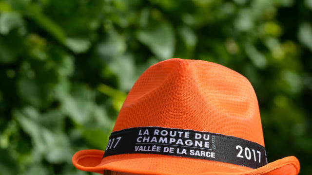 chapeau-1.jpg