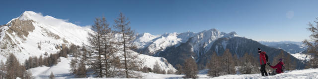 Panorama sur le vallon de Rouanne depuis le sommet des pistes de St Léger les Mélèzes