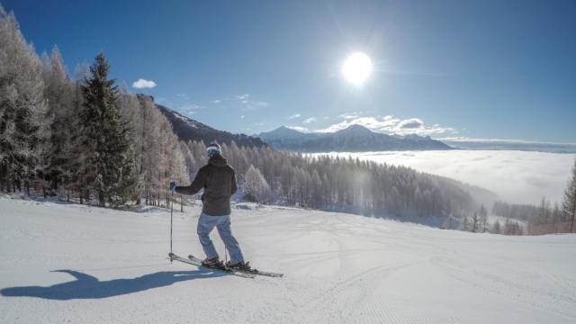 Ski entre amis à la station de Chaillol