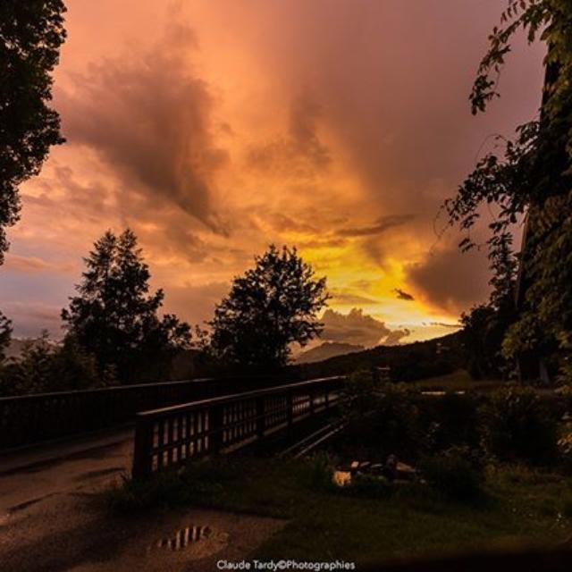 Couché de soleil après une fin d'après midi orageuse à Chaillol
