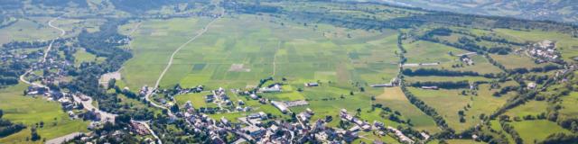 Vue du Champsaur sur la plaine d'Ancelle