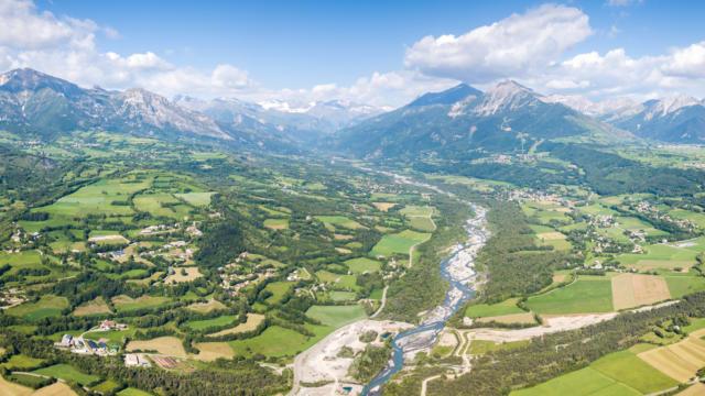 vue aérienne du champsaur