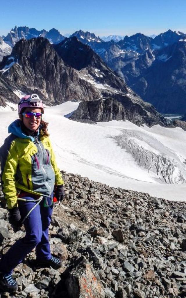Alpinisme au sommet des Rouies dans le Valgaudemar
