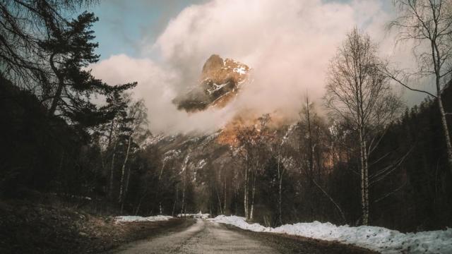 Vue de Molines en Champsaur depuis la route