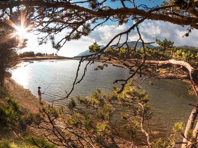 Pêche au lac des Barbeyroux