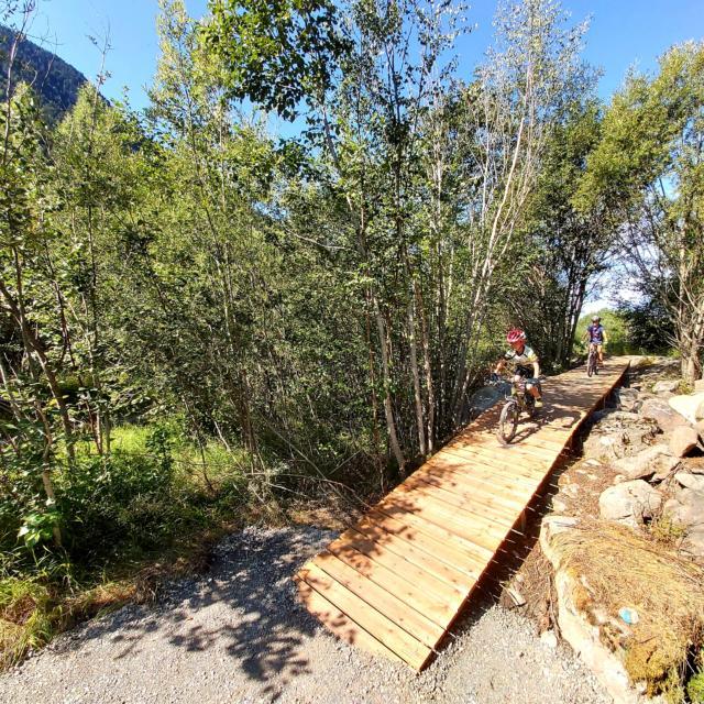 Piste VTT ludique à Pont du Fossé