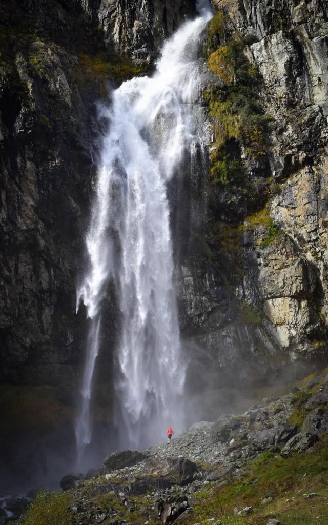 Cascade du Casset dans la vallée du Valgaudemar