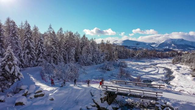 Ski de fond dans la vallée de la Rouanne