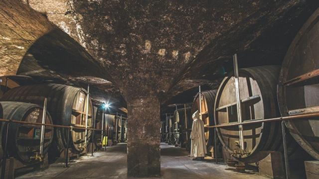 Caves De Voiron, Liqueur Chartreuse